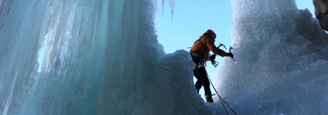 Nel magico mondo delle cascate di ghiaccio